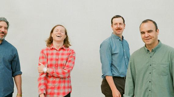 Future Islands anuncia seu sexto álbum, As Long as You Are