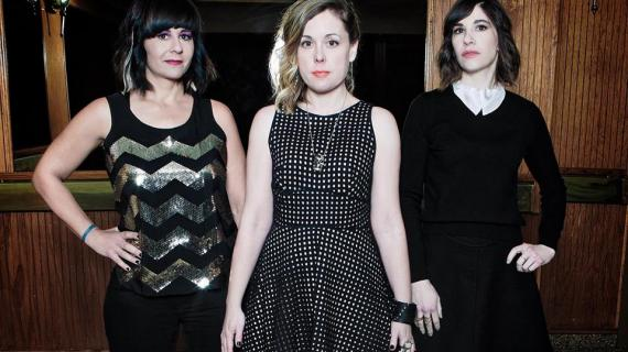 "Nova música: Sleater-Kinney - ""The Center Won't Hold"""