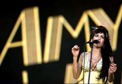 Amy Winehouse perto de finalizar sucessor de Back To Black