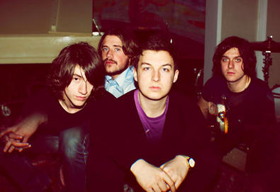 Arctic Monkeys direto para o topo
