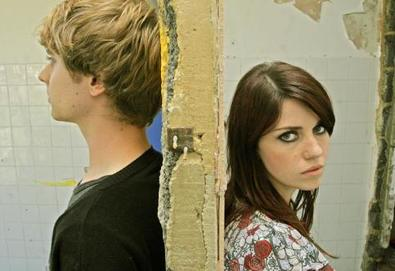 Blood Red Shoes - o vídeo para Light It Up
