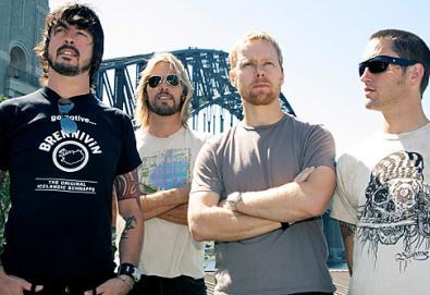 Foo Fighters na ativa em 2011; e com novo álbum