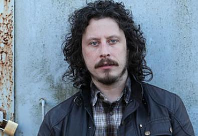 Stuart Cable, ex-baterista do Stereophonics, morreu asfixiado em seu próprio vômito – aponta inquérito