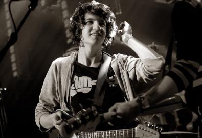 Novo trabalho do The Kooks deve sair no início de 2011; banda trabalha com produtor do Arctic Monkeys, Kasabian e Editors