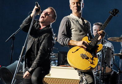 U2 toca música inédita em Helsinki; veja o vídeo