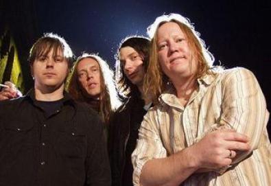 Urge Overkill lança novo álbum depois de 15 anos