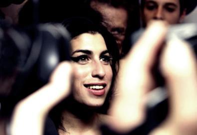 """Ouça faixa inédita de Amy Winehouse; canção estará em """"Lioness: Hidden Treasures"""""""
