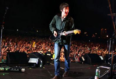 Arctic Monkeys vence premiação da revista Mojo; Primal Scream e Grinderman também são premiados