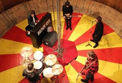 Beady Eye grava versão dos Beatles em apoio às vítimas do terremoto no Japão
