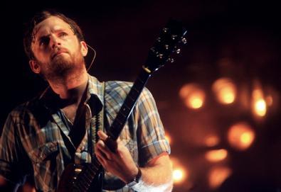 """Kings of Leon abandona o palco em Dallas; banda admite """"problemas e doenças internas"""""""