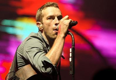"""Coldplay presta homenagem ao R.E.M.; veja aqui """"Everybody Hurts"""" na versão dos ingleses"""