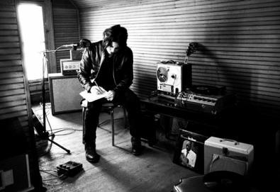 Nine Inch Nails, Patti Smith, Depeche Mode, The Killers e Jack White prestam homenagem ao U2