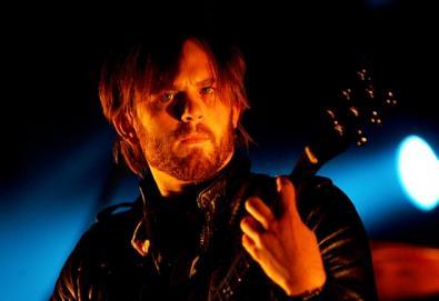 Cancelamento da turnê do Kings of Leon pode custar 15 milhões de dólares; vocalista deve ser internado