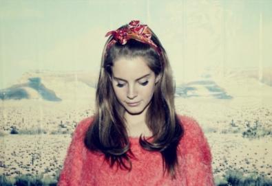 """""""Não seria odiada se fosse um homem"""", diz Lana Del Rey"""