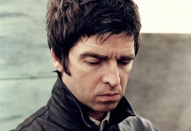 """Noel Gallagher disponibiliza """"Alone On The Rope""""; faixa não estará em seu álbum de estreia"""