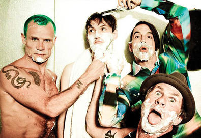 "Ouça ""The Adventures Of Rain Dance Maggie"", novo single do Red Hot Chili Peppers"