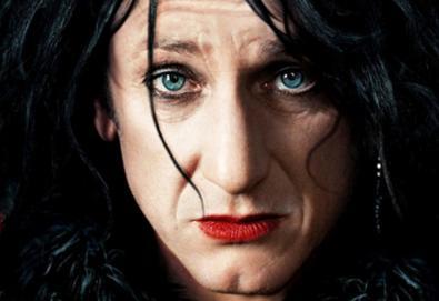 """Sean Penn tem visual inspirado em Robert Smith, líder do The Cure, em """"This Must Be The Place"""""""