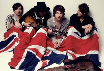 "The Kooks finaliza sucessor de ""Konk""; ouça o primeiro single ""The Saboteur"""
