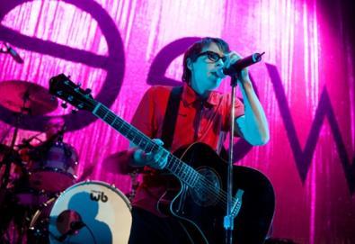 Weezer faz versão de clássico do Radiohead