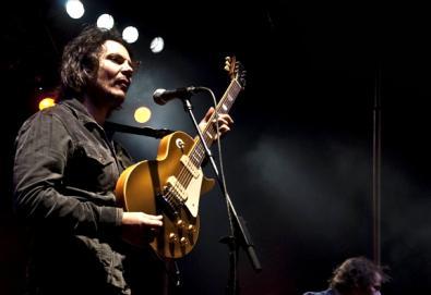 """Ouça """"Live From Nowhere Near You""""; compilação traz participações de Wilco, Elliott Smith, Modest Mouse, entre outros"""