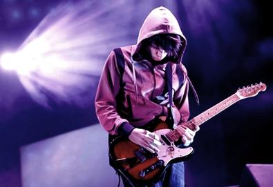 Jonny Greenwood, guitarrista do Readiohead, grava novo trabalho com Krzysztof Penderecki