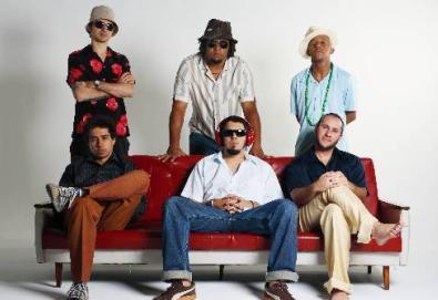 """Nação Zumbi lança vídeo de """"Cordão de ouro""""; banda lança neste mês o DVD """"Ao Vivo no Recife"""""""