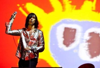 Líder do Primal Scream participa do novo álbum de Mark Stewart; Massive Attack e Lee Scratch Perry também