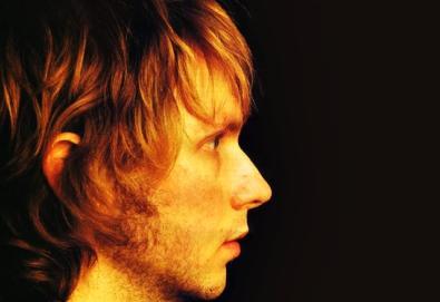 Beck apresenta três músicas novas