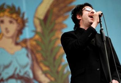 Líder do Echo & The Bunnymen reedita trabalhos solo com material inédito