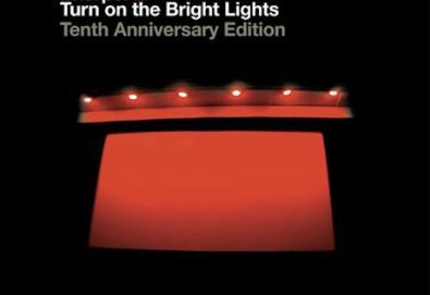 Interpol anuncia edição comemorativa dos dez anos de 'Turn on the Bright Lights'