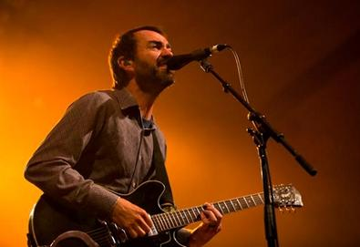 "The Shins faz versão do Magnetic Fields; ouça ""Andrew in Drag"""