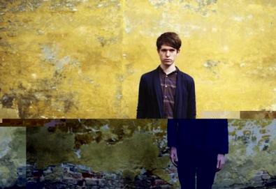 "James Blake retorna com novo disco; ouça ""And Holy Ghost"""