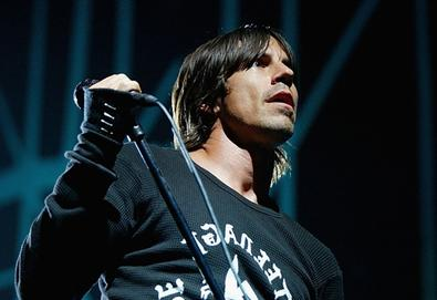 Tame Impala, Red Hot Chili Peppers, Simple Minds e Yeah Yeah Yeahs anunciam shows no Brasil