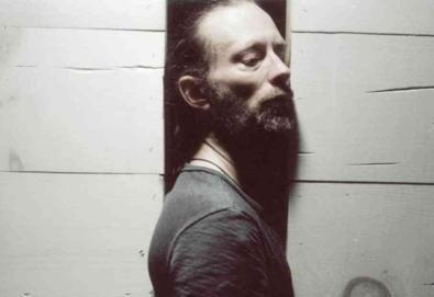 Thom Yorke dança novamente em novo vídeo do Atoms For Peace