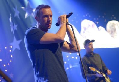 """Coldplay divulga vídeo de """"All Of Your Friends"""""""