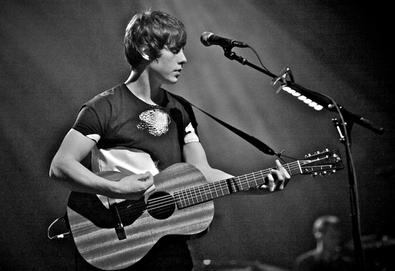 "Jake Bugg revela vídeo de ""A Song About Love"""