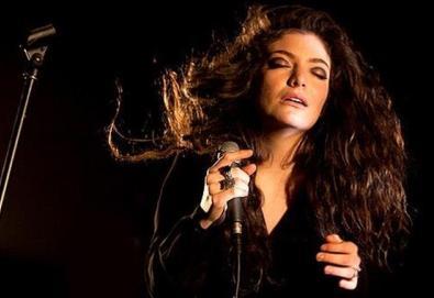Lorde faz versão de James Blake; veja aqui
