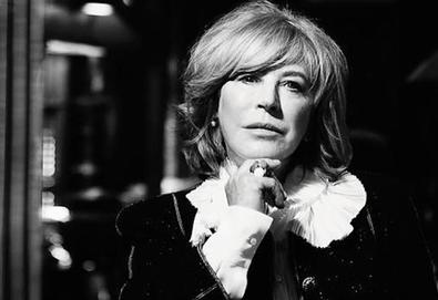 Nick Cave, Anna Calvi e Roger Waters participam do novo álbum de Marianne Faithfull