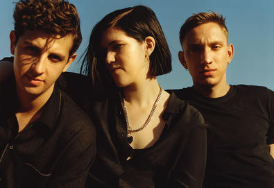 "The xx solta a nova ""Say Something Loving"""