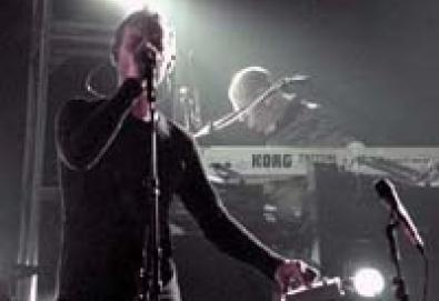 Massive Attack - 100th Window Tour - SP/Via Funchal 24.05.04