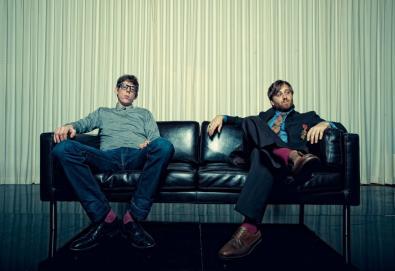 "The Black Keys apresenta a cover de ""A Girl Like You"" (do Edwyn Collins) no programa de Jimmy Fallon"