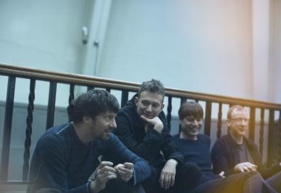 Blur surpreende anunciando novo álbum