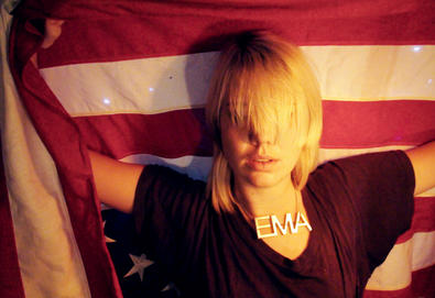 "Nova música: EMA - ""Blood And Chalk"""