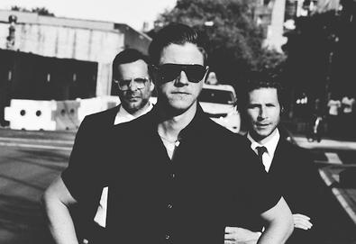"Interpol revela bastidores de ""El Pintor""; ouça também ""The Depths"""