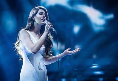 """Lana Del Rey retorna em junho com """"Ultraviolence""""; veja o tracklist"""