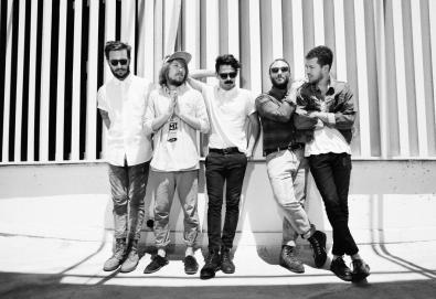 Local Natives lançará novo álbum - 'Sunlit Youth' - em setembro
