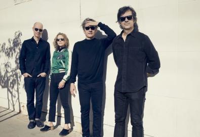 "Luna faz versões de Velvet Underground, Stones, Bowie, Dylan e Mercury Rev; ouça ""One Together"""