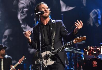 """Pearl Jam lança versão de """"Again Today""""; ouça aqui"""