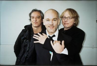 """Ouça: R.E.M. - """"E-Bow The Letter"""" (ao vivo com Thom Yorke)"""