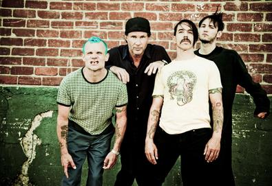 Red Hot Chili Peppers trabalha em novo álbum com Danger Mouse